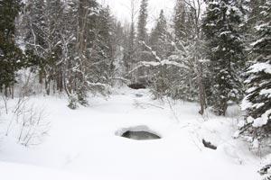 7 -Itinéraire de 3 jours en raquette avec nuitées en refuge : Touladi, Montagne à Fourneau et Cascades Sutherland et Lac Anna